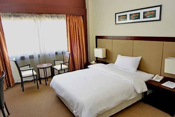tsuneishi-heavy-industries-resort-hotel-2