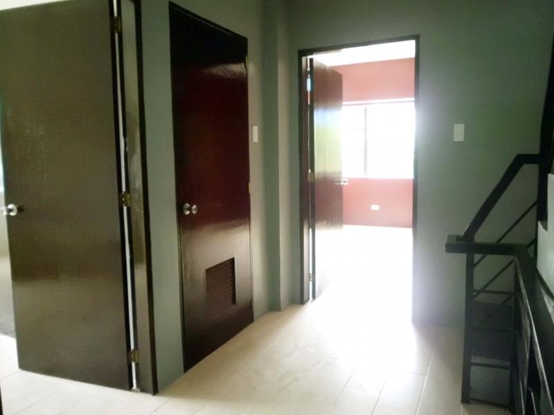 hallway-2nd-floor